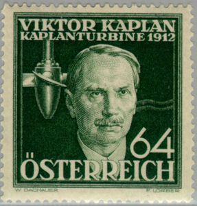 1912/13: Der österreichische Ingenieur Viktor Kaplan meldet die von ihm erfundene Turbine zum Patent an. Die Kaplanturbine ist heute die standardmäßig eingesetzte Turbine in Flusskraftwerken.